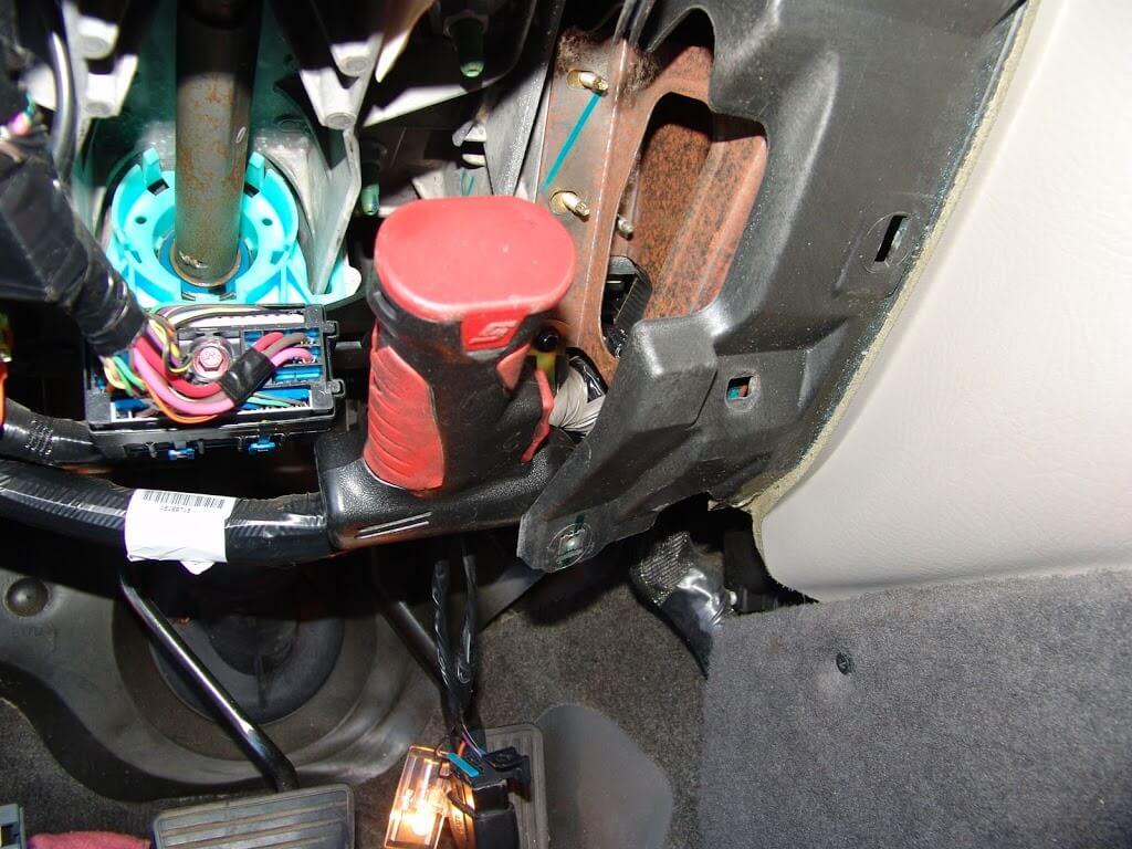 2002 Chevrolet Prizm Under Dash Fuse Box Diagram